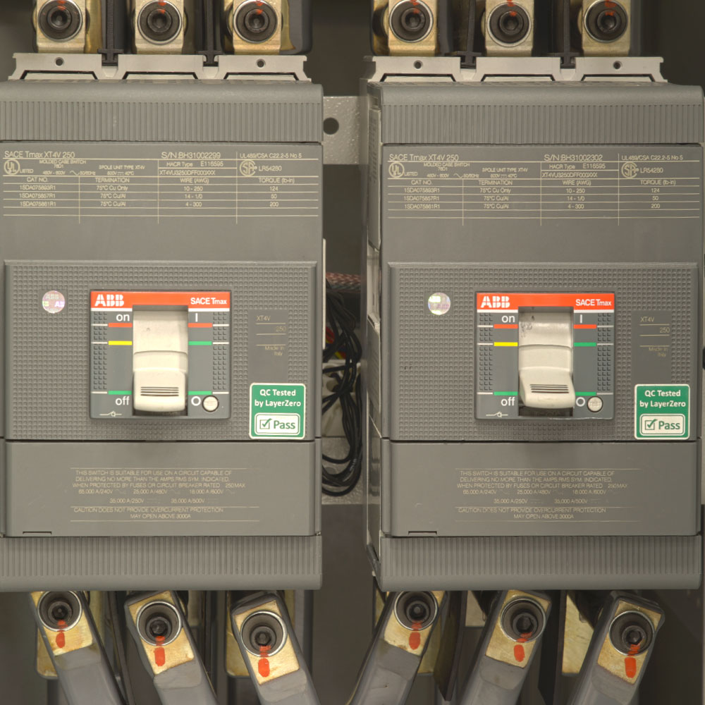 LayerZero Static Transfer Switch with ABB SACE TMAX Circuit Breakers.