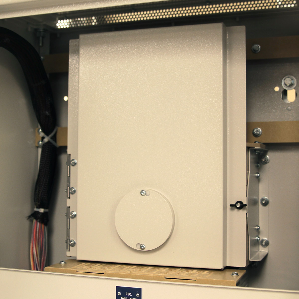 LayerZero Series 70: eRPP-SL1 Input Door with InSight™ IR Portholes.